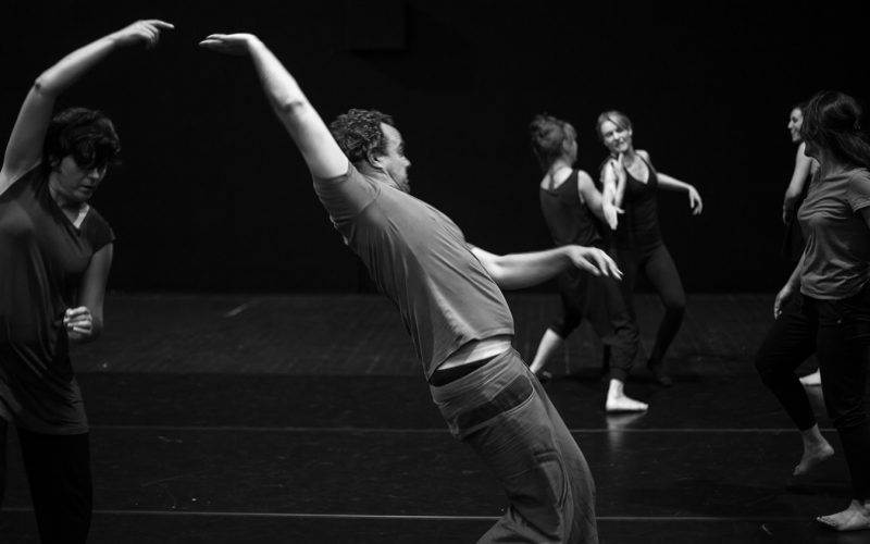 Atelier de danse de la Compagnie Lamento crée en 2015 par Sylvère Lamotte.